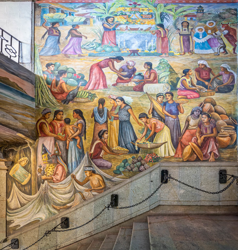 Hermoso mural en Palacio de Gobierno de Oaxaca